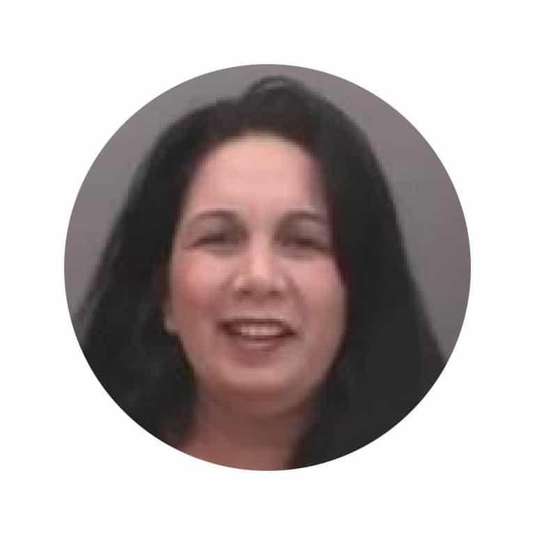 ראיון עם אלונה אלמן – שיווק אותנטי בפייסבוק
