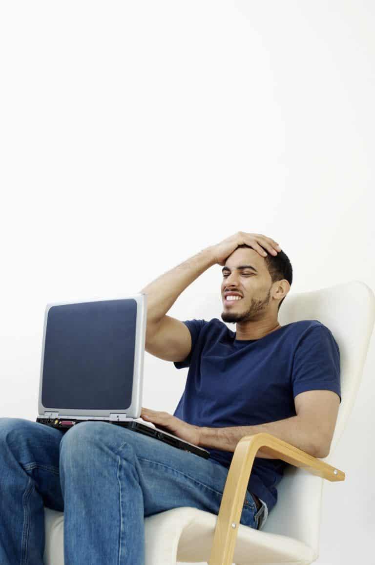 האם עדיף לתת את כל התוכן של קורס הדיגיטלי בבת אחת או לפצל אותו לשבועות