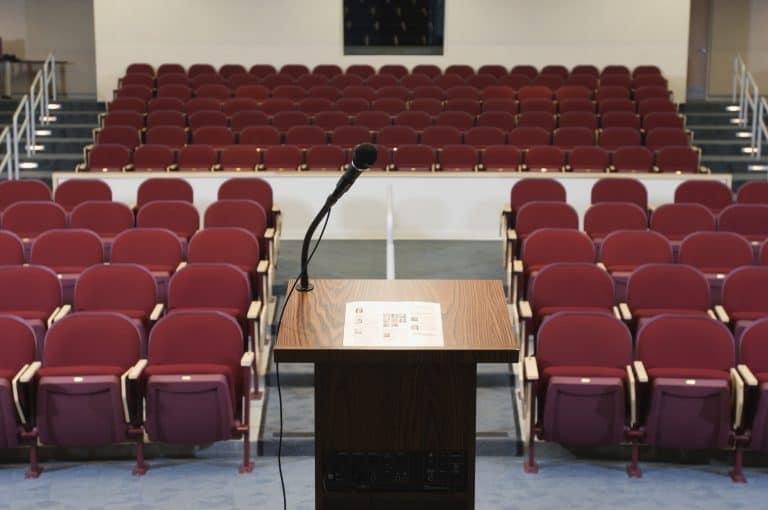 הרצאות באינטרנט – מאוף ליין לאון ליין, ואיך מרוויחים מהרצאות דיגיטליות כסף