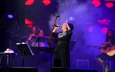 בדרך לבמה עם הזמרת אילנה עדני – מחירים